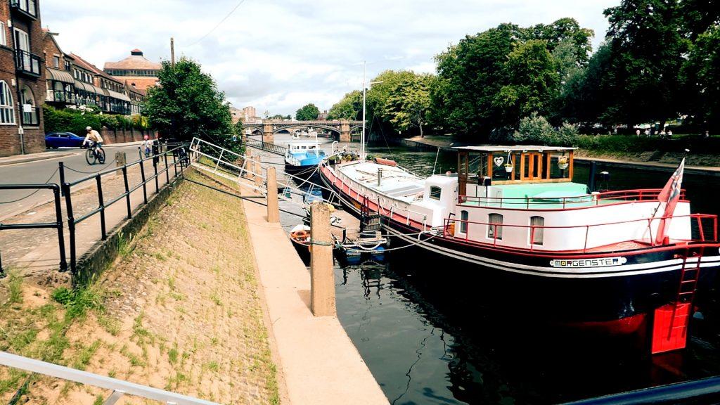 Bishop Wharfe York River Ouse Walk